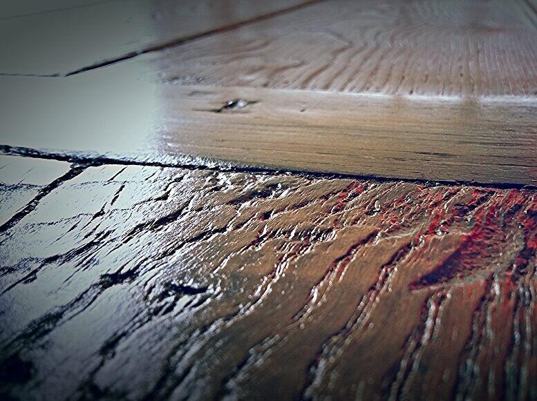 Un antico portone in castagno massello diventa un tavolo di grande ...